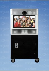 Le photomaton PIXOBOX, animation et photographe !